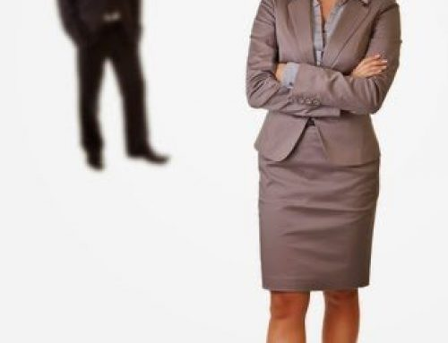 How can I become a Legal Secretary?